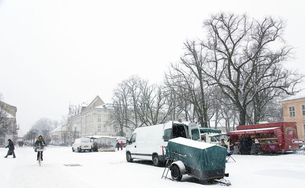 Schnee auf Markt