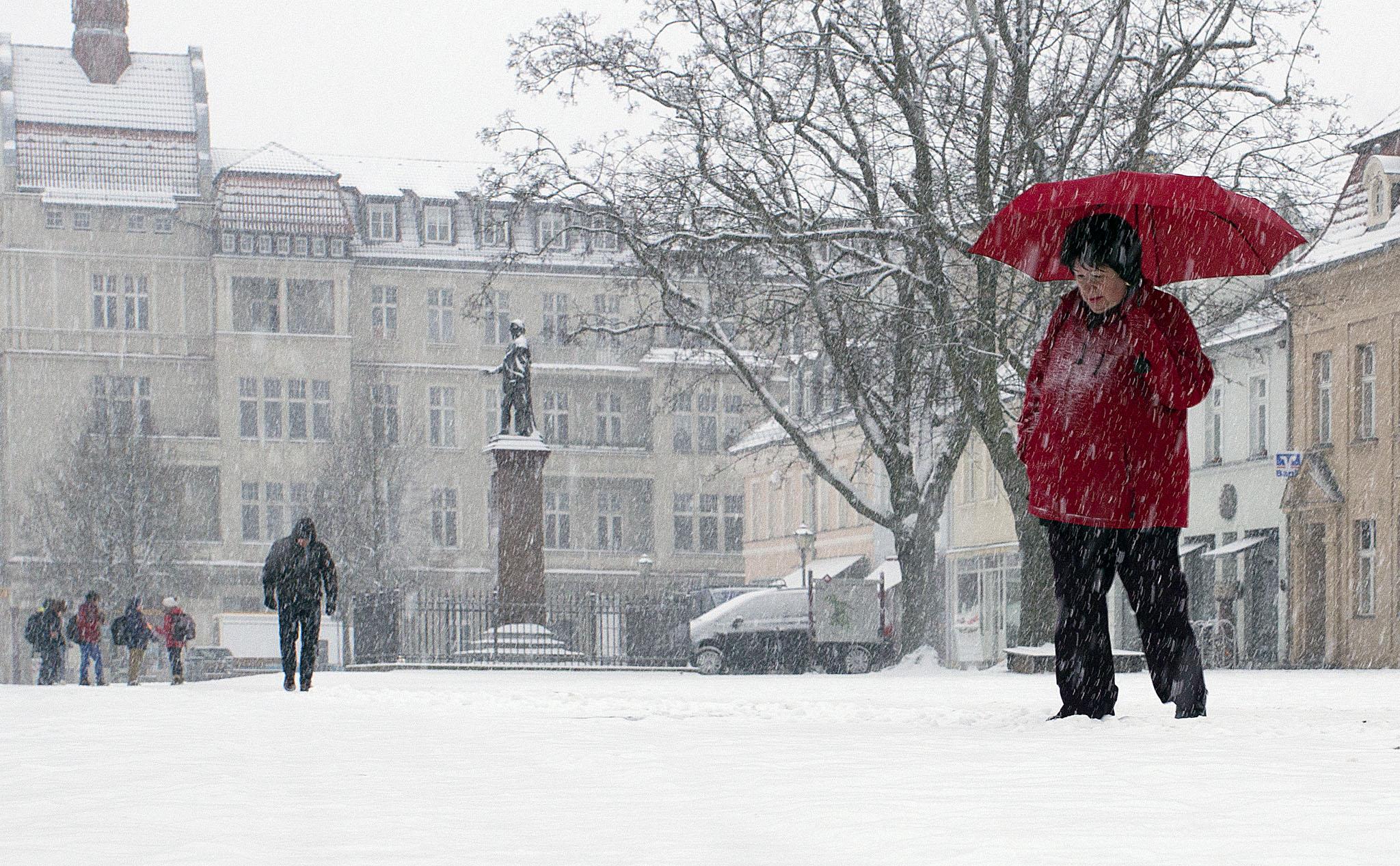 Schulplatz im Schnee